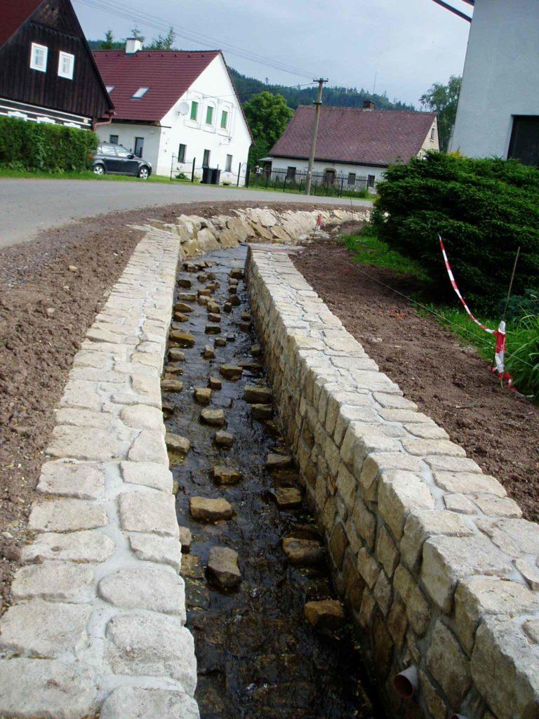 Úpravy vodních toků